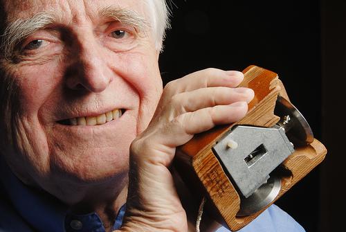 Douglas Engelbart - l'inventeur de la souris d'ordinateur